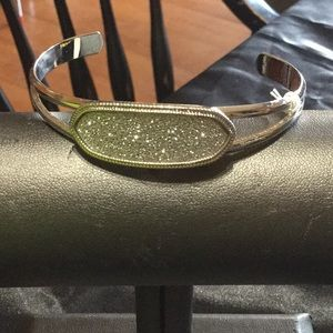 Jewelry - SILVERTONE SPARKLY CLAMP BANGLE!